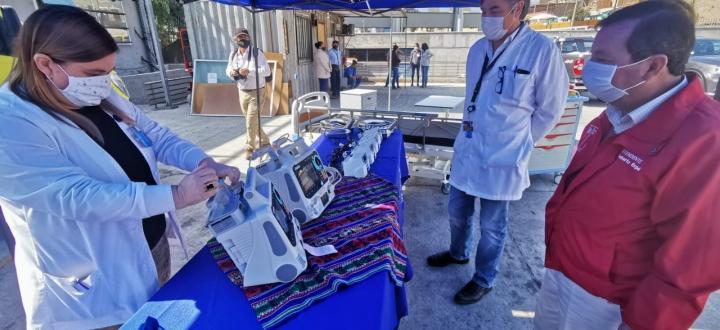 Directo a la vena: Llega nuevo equipamiento médico al Hospital Regional de Arica para reforzar combate al COVID-19